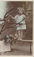 ENFANT PETITE FILLE     COIFFEE CHEVEUX BOUCLES - Portretten