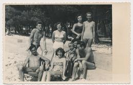 REAL PHOTO, Beach Group Trunks Men Swimsuit Women And Kid , Hommes Femme Enfant Sur La Plage, ORIGINAL - Photographs