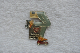 Pin's Salon Auto Moto Montpellier 1991 - Badges