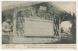 88 - Dans Les Vosges, Nos Soldats Construisent Des Maisonnettes... - France