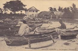 Grande-Comore - Les Pirogues à Mitsamiouli - Comores