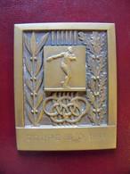 Ancienne Médaille De Table Bronze Sportive 1964 - Jetons & Médailles