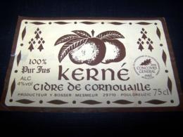 Etiquette Cidre Cider Cidre Pomme Apple Cidrerie Kerné Bosser 29710 Pouldreuzic Cornouaille - Etiketten