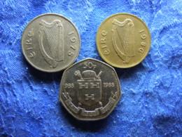 IRELAND 10 PENCE 1975 KM23, 20 PENCE 1986 KM24, 50 PENCE 1988 KM26 - Irlande