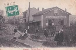 CPA  : Clamart (92) Rare  Rue Des Groux Carrefour Vins Epicerie   Très Animée  BE   Ed Breger - Clamart