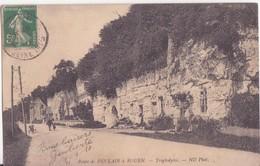 CPA - 33. Route De DUCLAIR à ROUEN - Troglodytes - Duclair