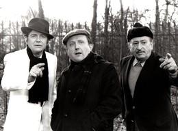 Réf. 28 - Photographie - Année 1983 - Télévision TF1- La Route Inconnue - Jean-Pierre MOCKY - Fernad GUIOT - B. CHARLAND - Célébrités