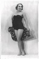 PIN UP FASHION WOMEN FEMMES Vtg 18 X 12 Cm Photo 50' By El Mundo - Model Woman Femme S Nude Nu In Swimsuit Or Underwear - Pin-Ups