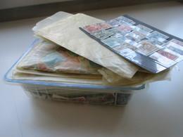 Spanien & Zwangszuschlagsmarken Valencia 1960er - Ende 80er Jahre. Hunderte Papierfreie Marken Ind Tüten! Stöberposten!! - Timbres