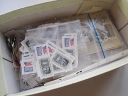 USA Stöberposten Hunderte Papierfreie Marken In Tüten! Stöberposten!! Ab Den 1950er Jahren! - Briefmarken