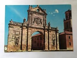 Sahagun Leon  Arco De San Benito - León