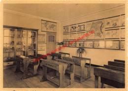 O.L. Vrouw Ten Bunderen Inrichting - Middelbare Landbouw-huishoudschool - Een Klas - Moorslede - Moorslede