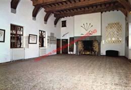 Veves- Le Château - Salle D'armes - Celles - Celles