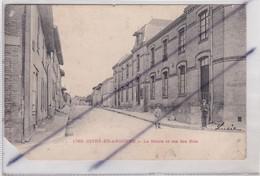 Givry En Argonne (51) La Mairie Et Rue Des Bois (carte Précurseur De 1903) - Givry En Argonne