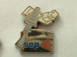 PIN'S SEP - SATELLITE - Espace