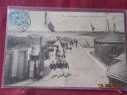 CPA - Port-Louis - La Cale à L'arrivée D'un Bateau - Port Louis