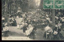 Vichy Un Coin Du Parc - Vichy