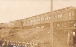 10795 - Etats Unis - Kansas - Photo Card - Pacific Railroad Near Bushton - Accident - Etats-Unis