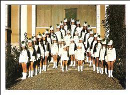 VERGT. Cpsm.    - Les Majorettes De Vergt En 1972 (scans Recto-verso) - France