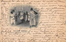 CPA VILLAGE SOMALI - Guerriers Indigènes - Somalie