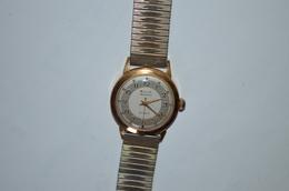 Montre Bracelet Elix Mécanique Plaquée Or - Montres Anciennes