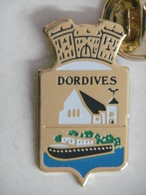 Pin's Ville Commune DORDIVES 45 LOIRET - Städte