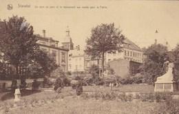 Stavelot, Un Coin Du Parc Et Le Monument Aux Morts Pour La Patrie (pk57205) - Stavelot