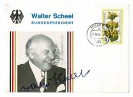 """Carton Format 110 X 153 Mm """"Walter Scheel - Bundespräsident (dédicasse) Timbré 1975 à Mainz - Personnages"""
