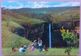 CUIABA - Veu De Noiva, Cachoeira Localizada Na Chapada Dos Guimaraes - Mato Grosso - Brasil Turistico - Waterfall   Nv - Cuiabá