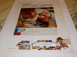 ANCIENNE   PUBLICITE LE BONHEUR LEGO SYSTEM 1968 - Publicités