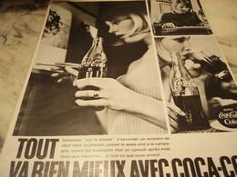 ANCIENNE PUBLICITE TOUT VA BIEN MIEUX AVEC   COCA COLA 1968 - Afiches
