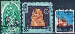 Egipto 1967 / 72  -  Yvert 693 + 696 + 900  ( Usados ) - Egipto