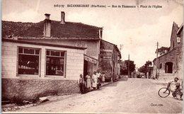 52 - SUZANNECOURT --  Rue De Thonnance - Place De L'Eglise - France