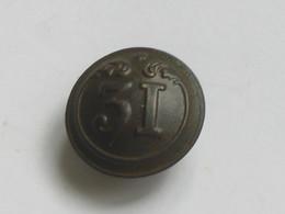 Ancien Bouton Militaire - Bombé Petit Modèle -  N° 31   **** EN ACHAT IMMEDIAT **** - Boutons