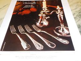 ANCIENNE   PUBLICITE PURETE DES STYLES MODELE CHRISTOFLE 1968 - Publicité