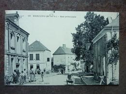 Beauvau  Rue Principale (animée) TBE - France