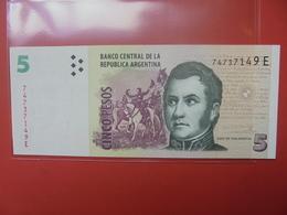 ARGENTINE 5 PESOS PEU CIRCULER - Argentine