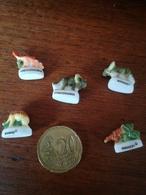 FEVE Lot De 5 Mini Fèves Dinosaure Préhistoire . P1 - Disney