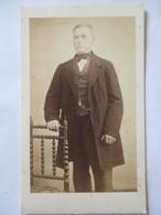 Photographie Ancienne CDV Albumen  - Second Empire - Homme Debout -  Photo D. Laudoyer, PRIVAS (07) - TBE - Old (before 1900)