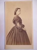 Photographie Ancienne CDV Albumen  - Second Empire - Jeune Femme - Photo De Jongh & Bargignac, Marseille    - T BE - Alte (vor 1900)