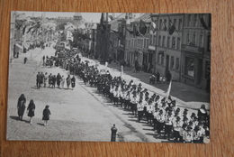 1584/ BASTOGNE-Manifestation/défilé/fête Patriotique-Magasin Loncin-Daoust-photo Carte Schumacher - Bastogne