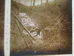 LES EPARGES (55) - Plaque De Verre Stéréoscopique - Guerre 1914-18 - Fosse Commune - TBE - Diapositiva Su Vetro