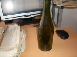 Stieglbrau Unverjaufl Brauereieigtum Old Bottles Beer - Cerveza