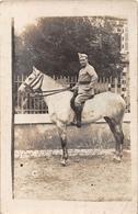 ¤¤  -  Carte-Photo Militaire Non Située D'un Soldat En Uniforme  -  Cavalier   -  Le 7e Chasseur  -  Cheval  -  ¤¤ - Uniformes