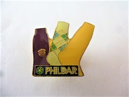 PINS  PHILDAR CHAUSETTES / 33NAT - Trademarks