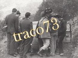 """PALERMO - Ciaculli _ 1969 /  Troupe Televisiva Del Film """" IL SASSO IN BOCCA """" _ Foto Formato 17,5 X 24 Cm. - Luoghi"""