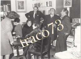 PALERMO _1968 /  ERCOLE PATTI Alla Libreria FLACCOVIO  _ Foto Formato 18 X 24 Cm. - Luoghi