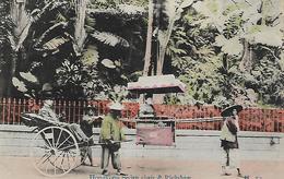 Old Colour Postcard, Hongkong, Sedan Chair And Rickshaw, Street, Road, People. - Chine (Hong Kong)