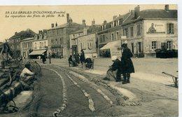 85 - LES SABLES D'OLONNE - Réparation Des Filets De Pêche - PUB LU - Sables D'Olonne