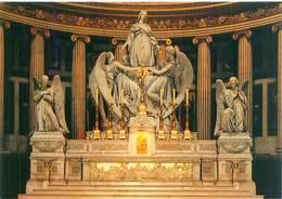 Cpsm -   Paris -   Eglise Ste Madeleine  , Maître Autel      AH1180 - Eglises